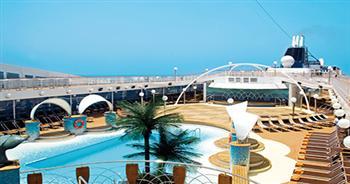 La Spiaggia pool area