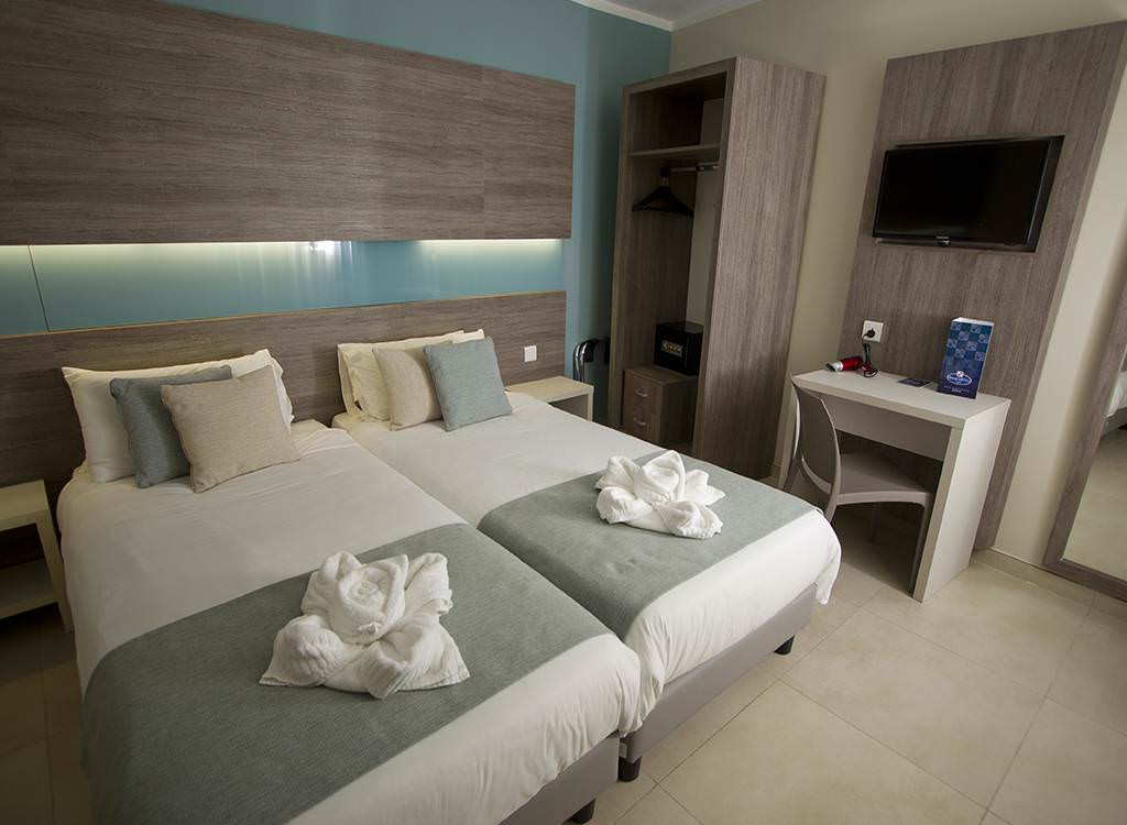classic-room.jpg