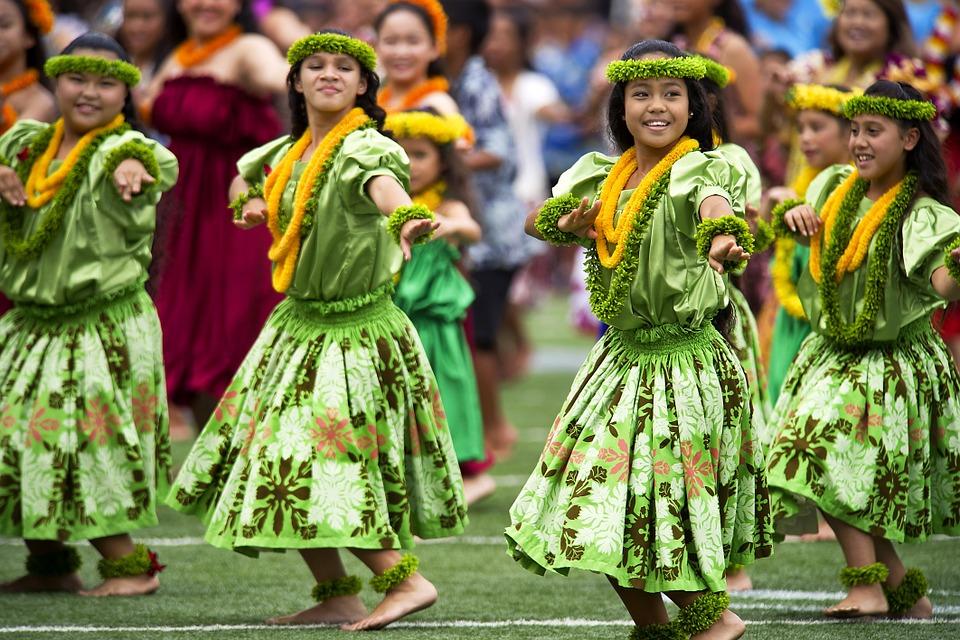 Hula táncosok